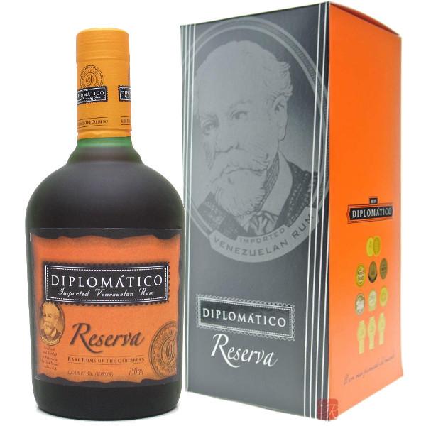 Foto Rum Diplomatico Reserva con Astuccio
